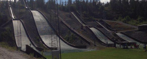 I uke 31 arrangerte Hedmarkhopp sin vanlige skihoppsamling i Paradiskullen hoppanlegg i Örnsköldsvik.